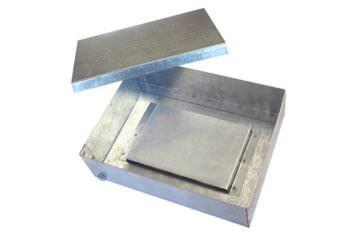 Металлическая ответвительная коробка